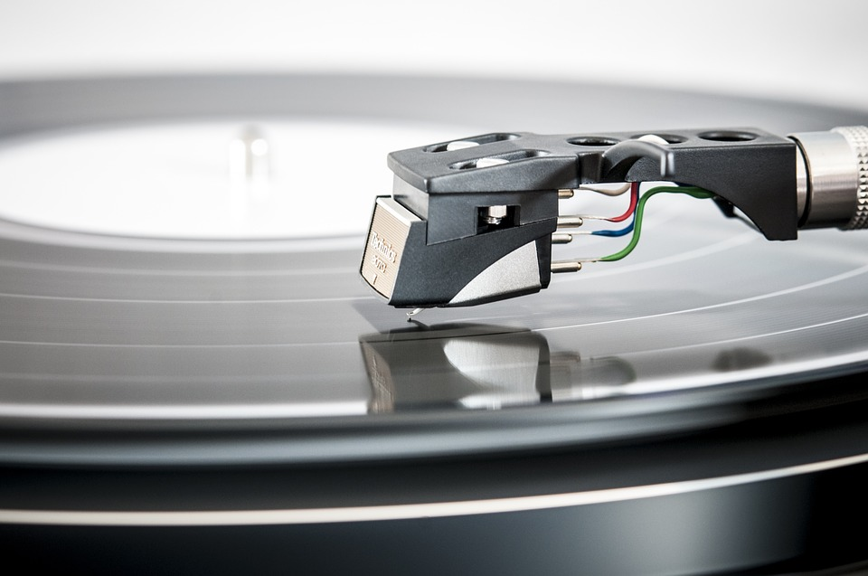 5 Best All in one Record Players 2019